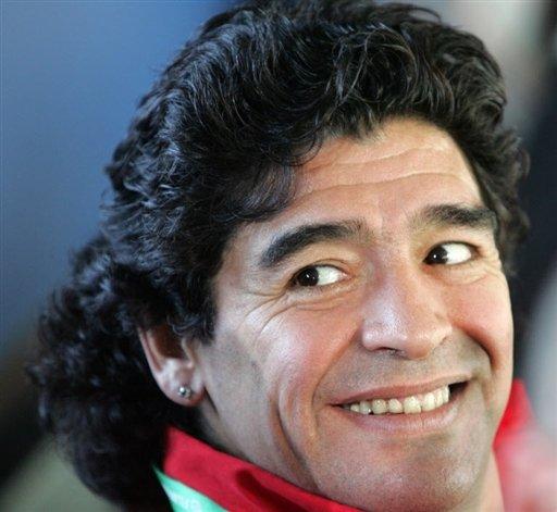 Orecchino di Maradona forse su E-bay
