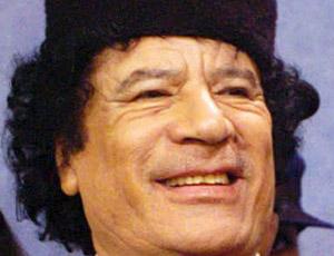 Gheddafi a Roma festeggia con 150 ragazze