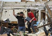 Si aggrava bilancio del tornado in Missouri