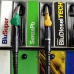 Nuovi rincari per benzina e diesel