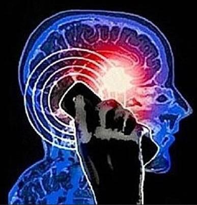 Tumore al cervello: cellulari e cordless aumentano il rischio