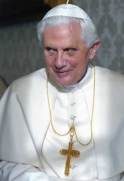 Il Papa si é dimesso