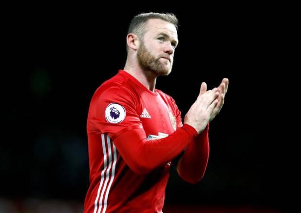 Ritirata la patente a Rooney