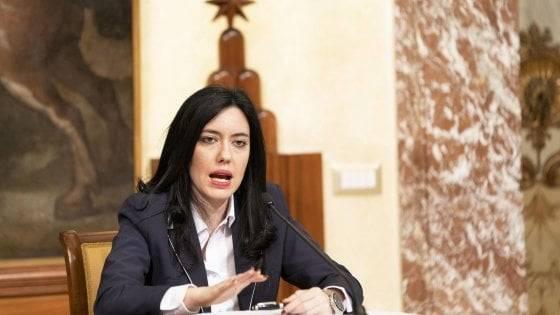 Maturità, la ministra Azzolina sulle novità